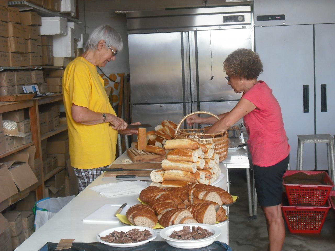 La Guittière: Préparation des sandwichs